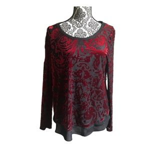 NWOT Vera Wang Red Black Velvet Pattern Top, M